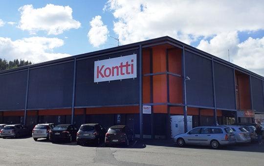 Tampereen Kontti-myymälä ja parkkipaikkaa Lielahdessa
